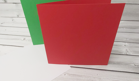 """20 Red and Green 7"""" x 7"""" Square Card Blanks with White Envelopes"""
