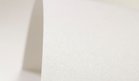 Natural White Paper Pearlised 120gsm