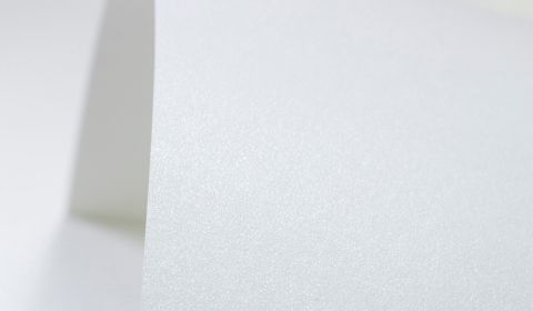 Ultra White Paper Pearlised 120gsm