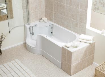 Inloopdouche Met Badkuip : Een ligbad en een veilige douche met het hsk dobla douchebad u baden