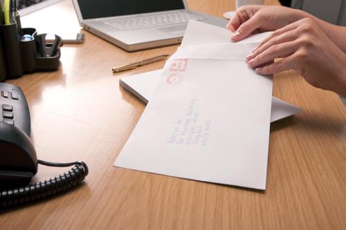 Basildon Bond Envelopes Pocket Peel and Seal 90gsm Manilla C5 Ref B80189 [Pack 500]