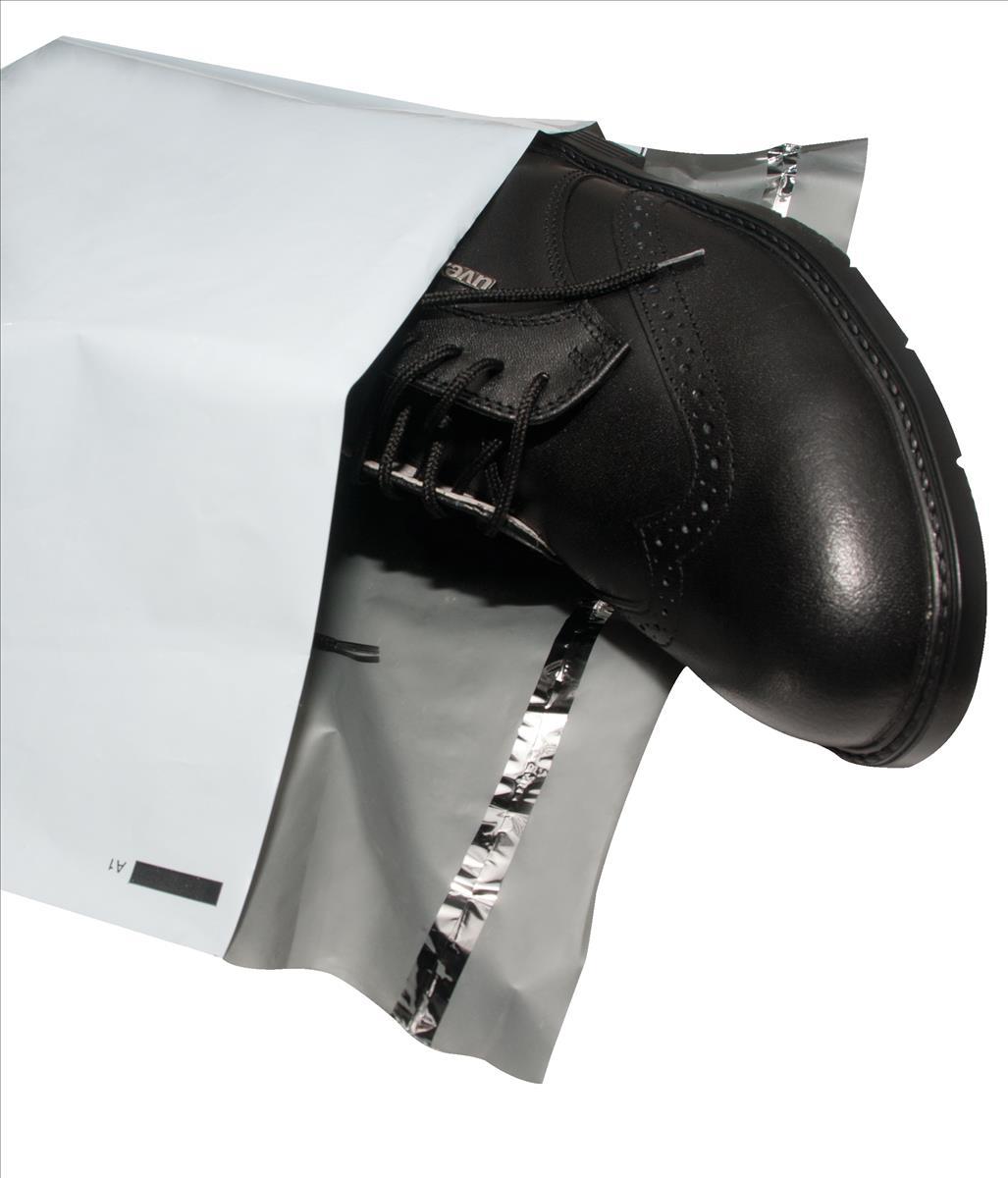 Keepsafe SuperStrong Envelope Polythene Opaque DX W395xH430mm Peel & Seal Ref KSV-SS6 [Pack 100]