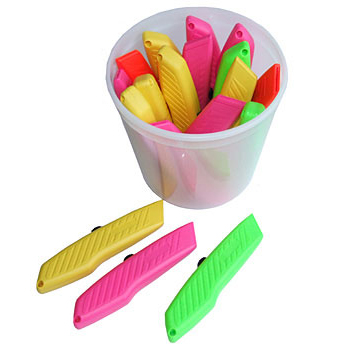Pacific Handy Cutter Hi-Vis Cutters in Tub Assorted Ref BU-RPK-394 Pack 18 *Up to 3 Day Leadtime*