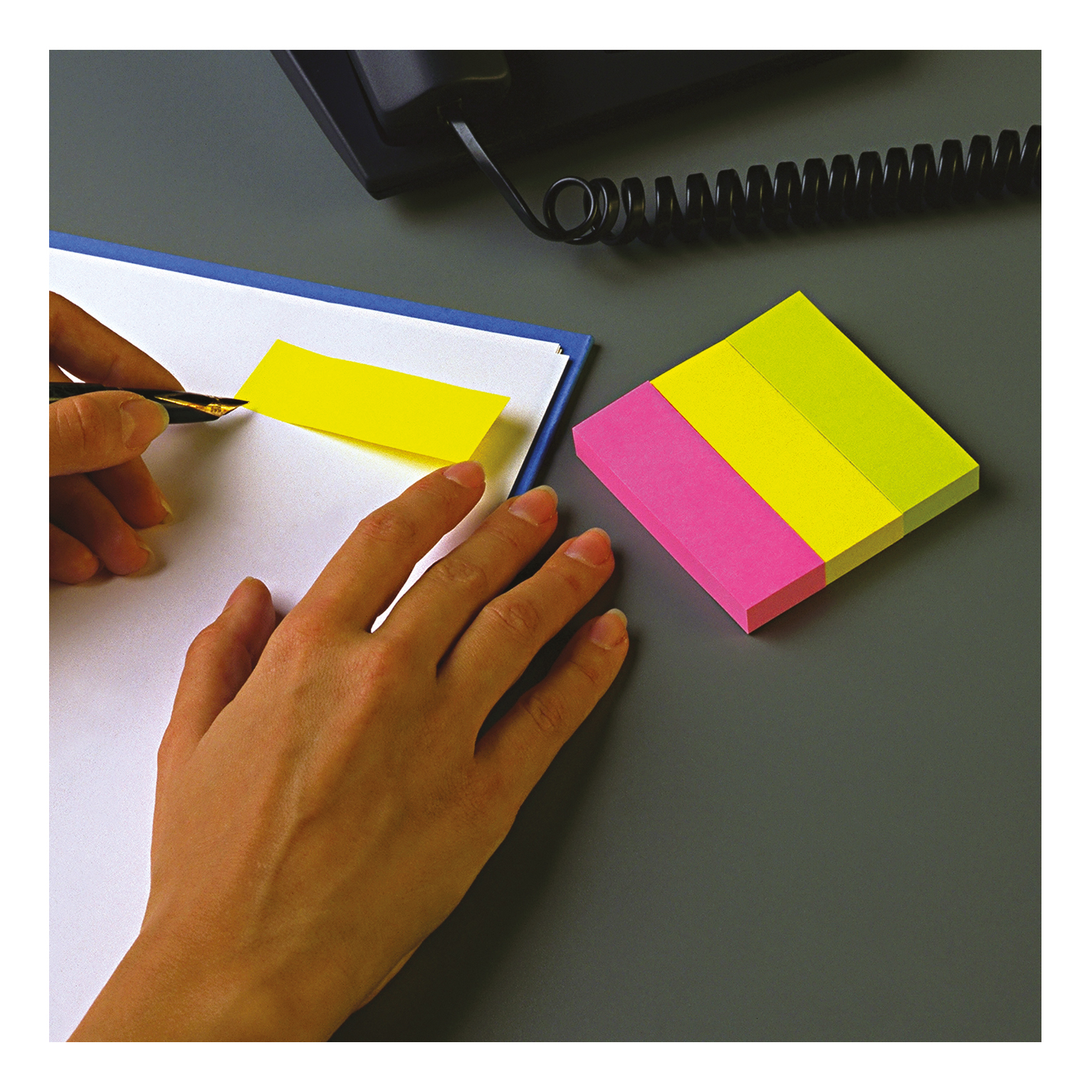 Post-it Note Markers 100 each of Yellow Pink and Green Ref 6713 [Pack 3]