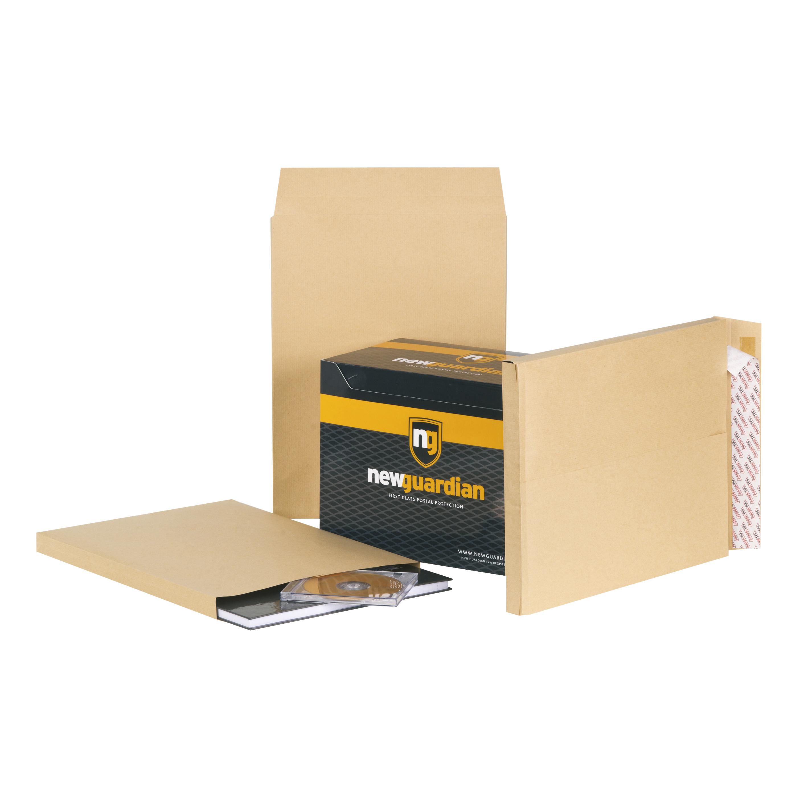New Guardian Envelopes FSC Hvyweight Peel & Seal Gusset 130gsm 406x305x25mm Manilla Ref B27326 [Pack 100]