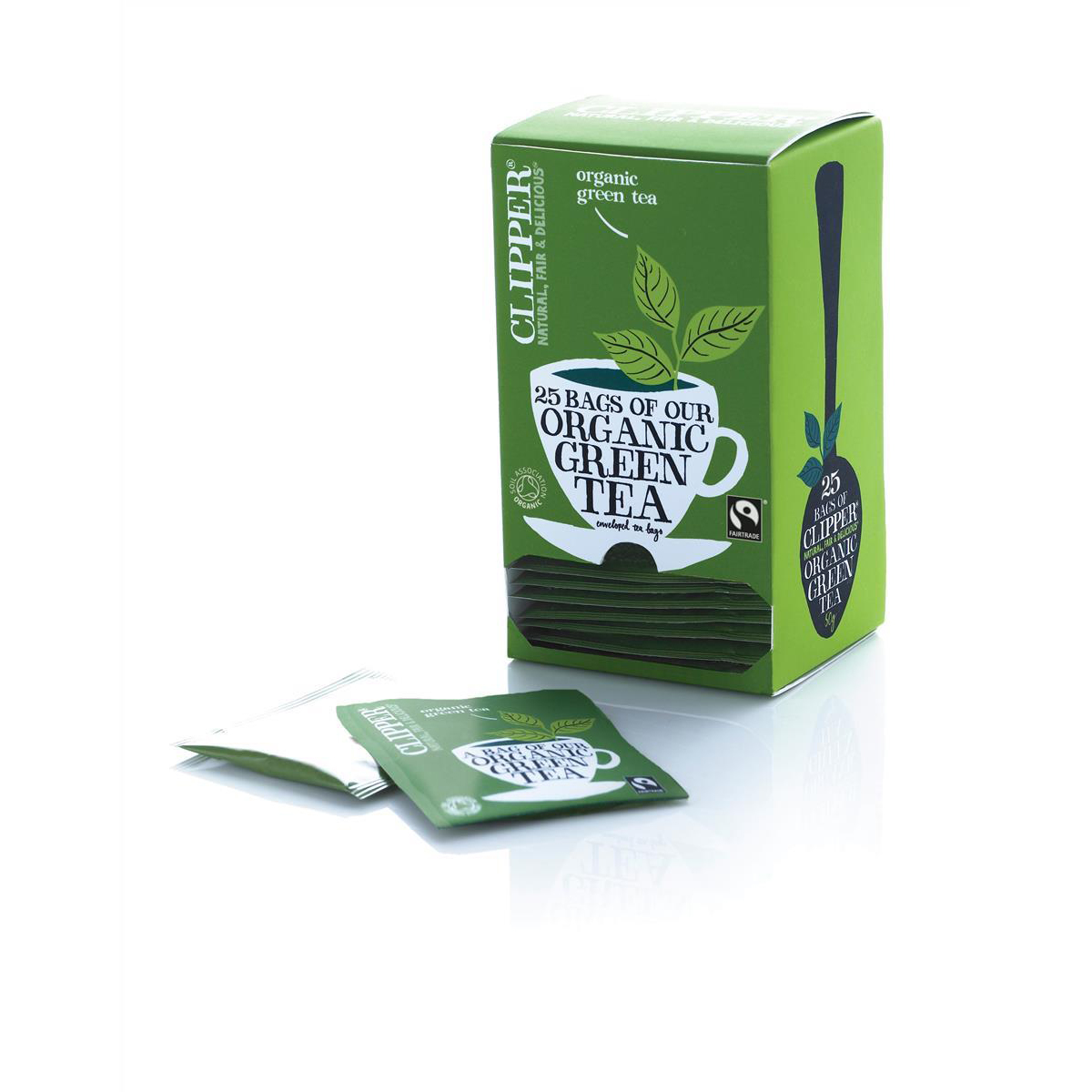 Clipper Organic Green Tea Fairtrade Light and Refreshing Teabags Ref A06744 Pack 25