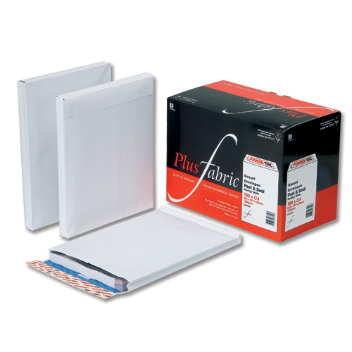 Plus Fabric Envelopes PEFC Wdw Peel & Seal Gusset 120gsm C4 324x229x25mm White Ref C27566 Pack 100