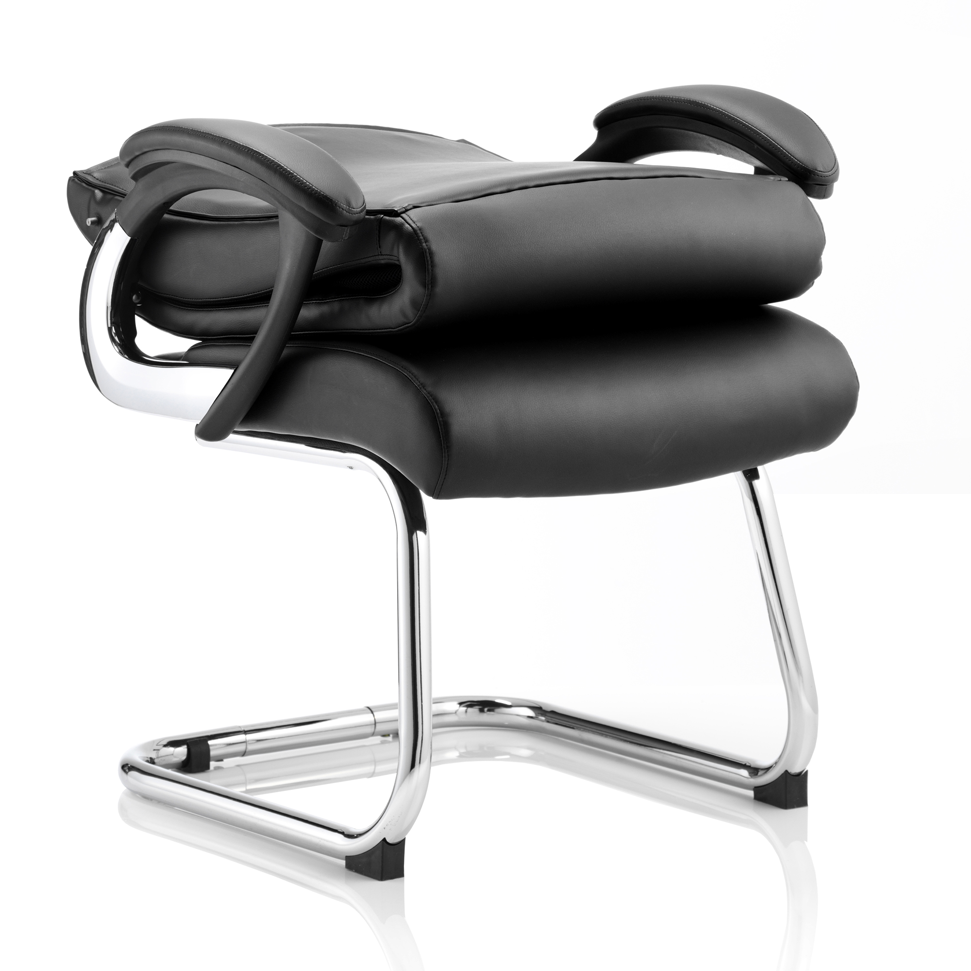 Trexus Romeo Cantilever Chair With Arms Leather Black Ref BR000125