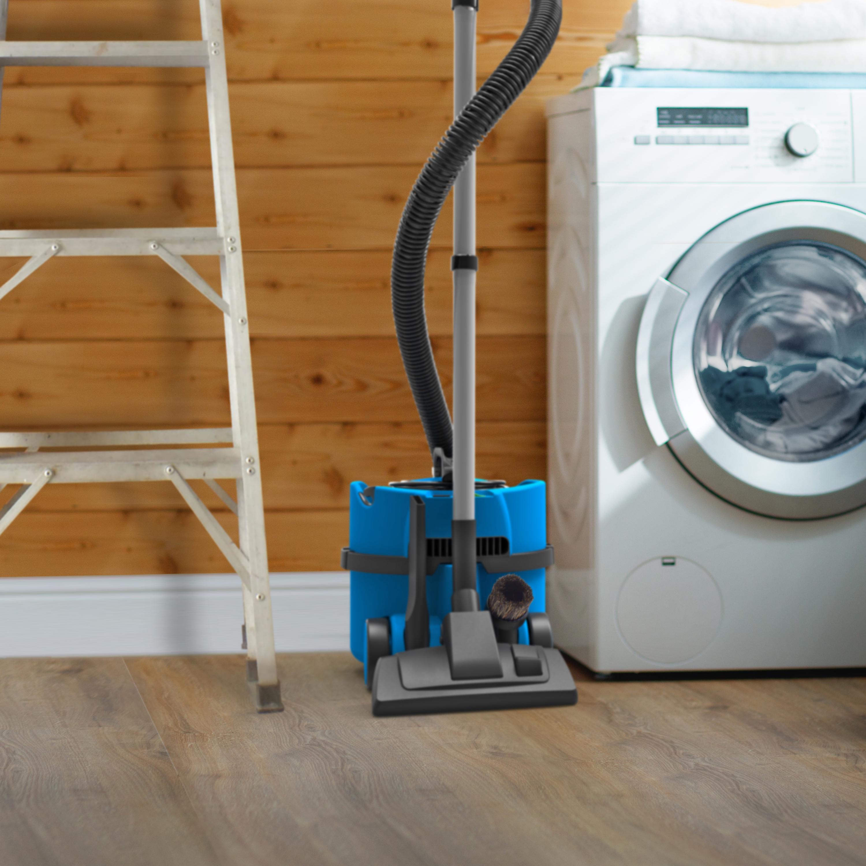 Numatic James Vacuum Cleaner 500-800W 8 Litre 7Kg Blue Ref 909392