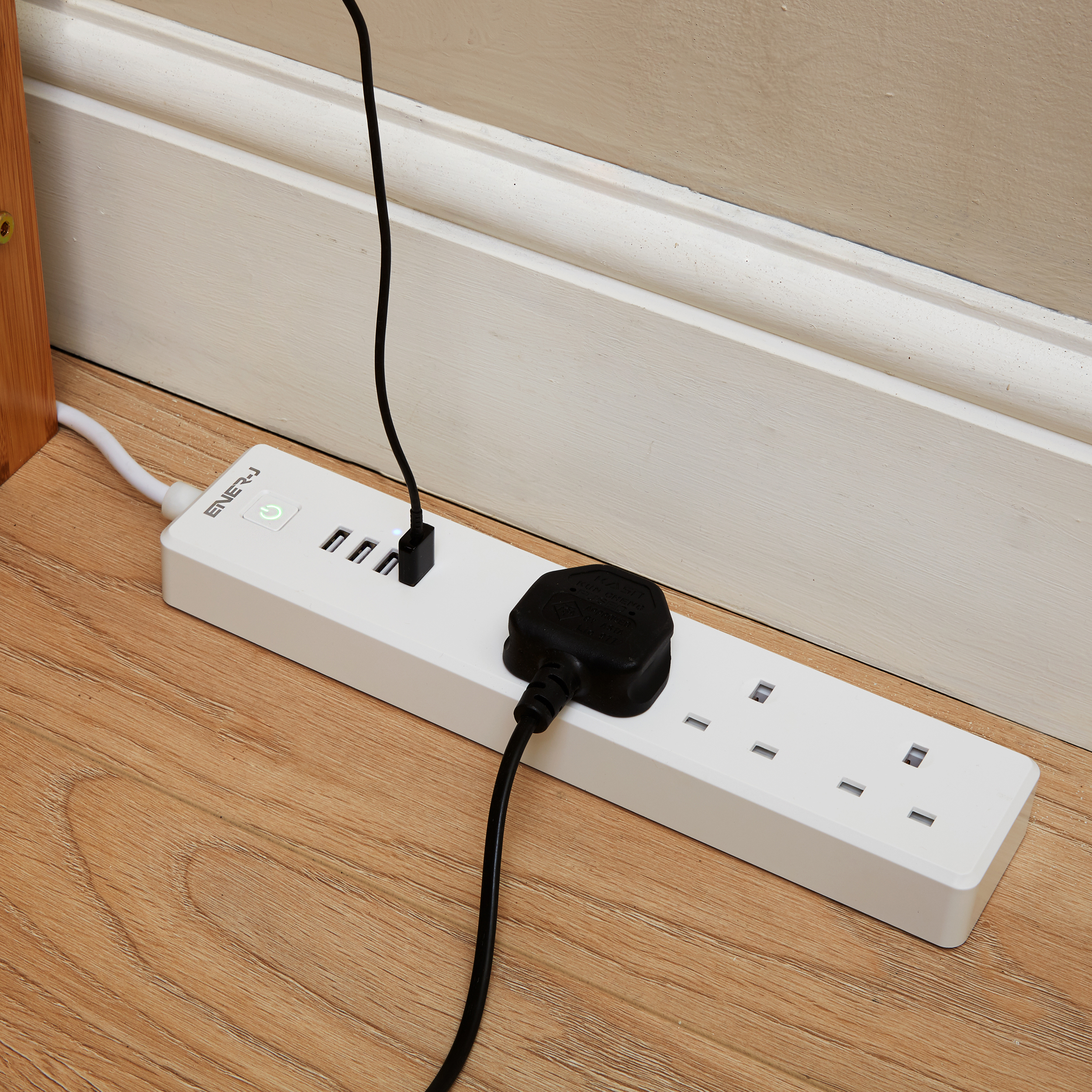 Ener-J WiFi Power Extension Lead 1.8metre With 3 AC Ports And Surge Protector Ref SHA5207