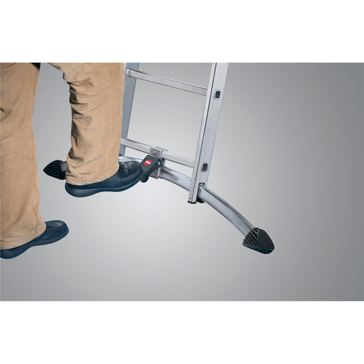 Combi Ladder 3 Section Capacity 150kg Rungs 2x6 and 1x5 for H4.8m 15.5kg Aluminium