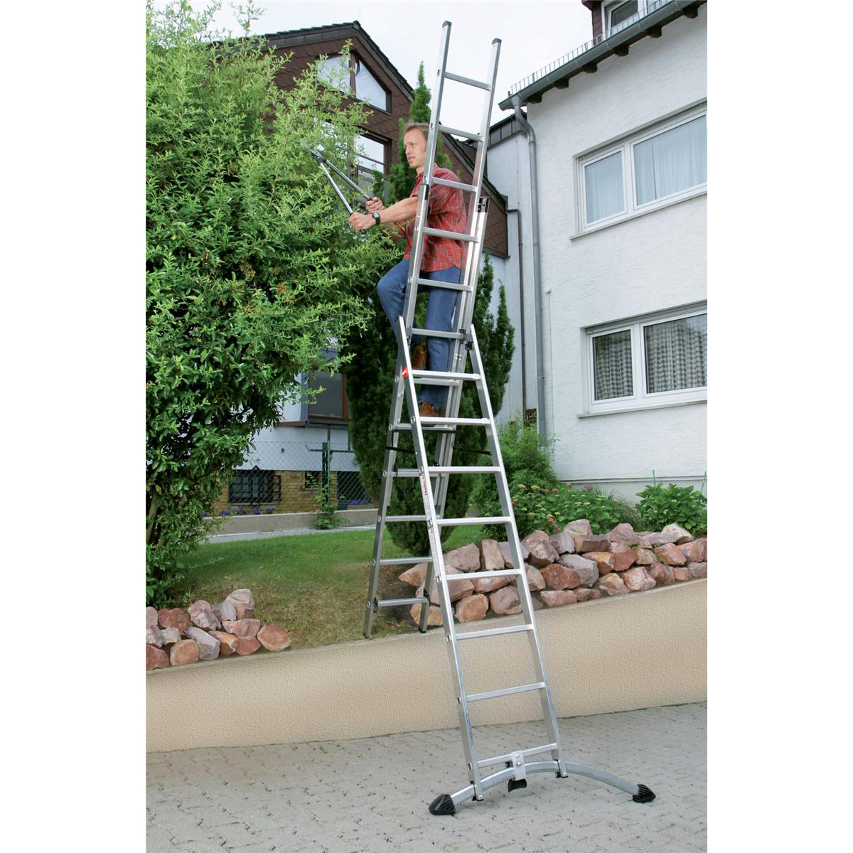 Combi Ladder 3 Section Capacity 150kg Rungs 3x12 for H9.25m 29.2kg Aluminium