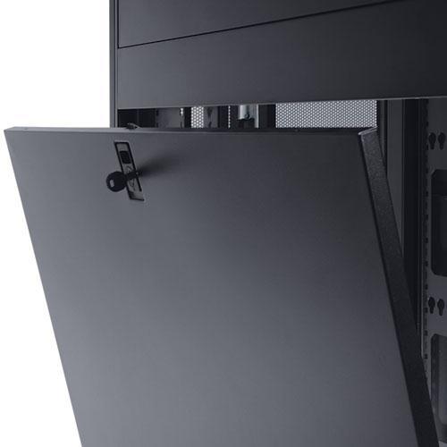 Tripp Lite SmartRack Side Panel with Key Locking Latch (Black)