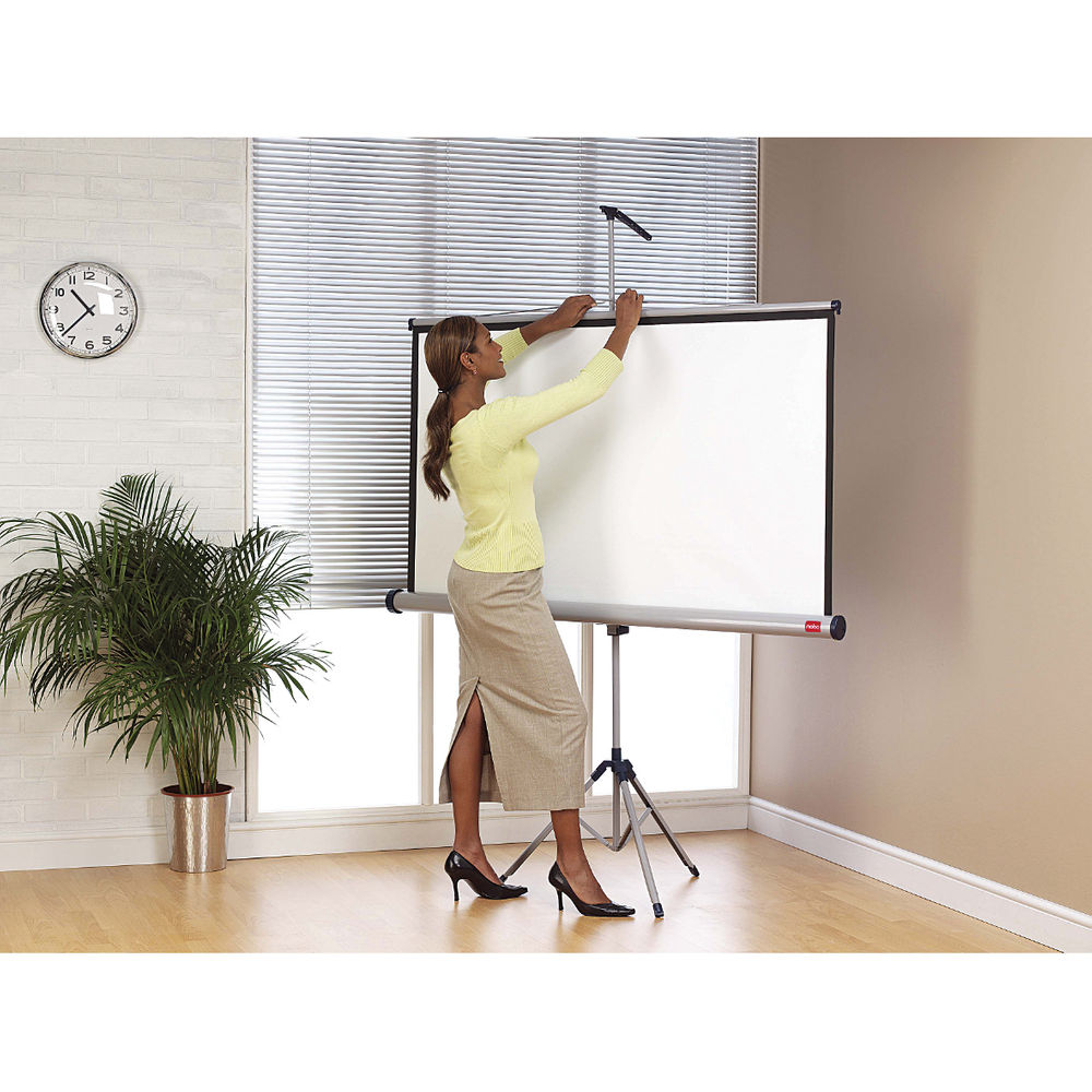 Nobo Tripod Projection Screen for DLP/LCD Projector