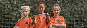 Bestel nu een gratis Oranjeleeuwinnen haarbandje voor het EK Vrouwenvoetbal