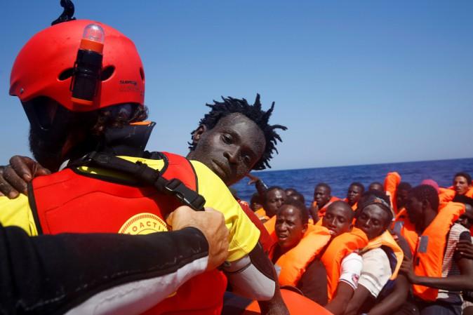 Oltre seimila migranti sono stati salvati in un giorno nel Canale di Sicilia
