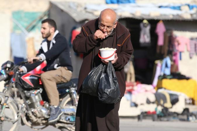 Siria, bombe su un ospedale pediatrico di Aleppo: 21 vittime, 5 bambini