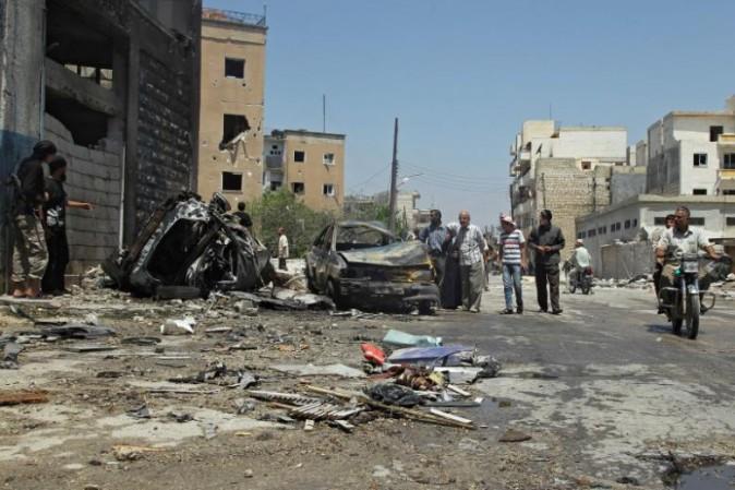 Siria: bombardamento aereo colpisce moschea, 42 morti. USA negano responsabilità