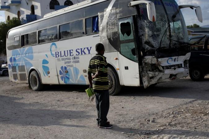 Haiti, autobus piomba sulla folla