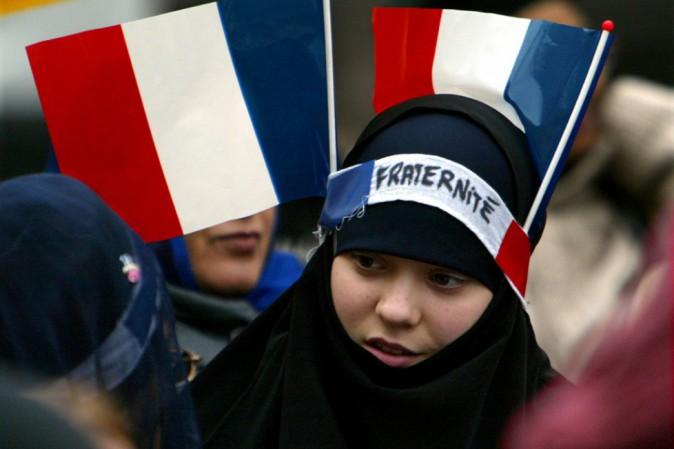 Corte Ue: giusto negare il velo islamico in azienda