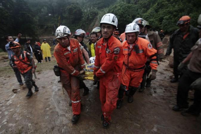Guatemala, incendio in un orfanotrofio Ventidue le persone morte, decine quelle ferite