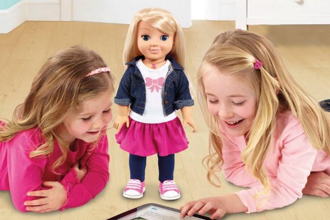 Germania, le autorità chiedono il ritiro della bambola Cayla: