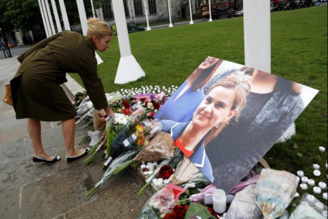 Condannato all'ergastolo l'uomo che ha ucciso la deputata britannica Jo Cox