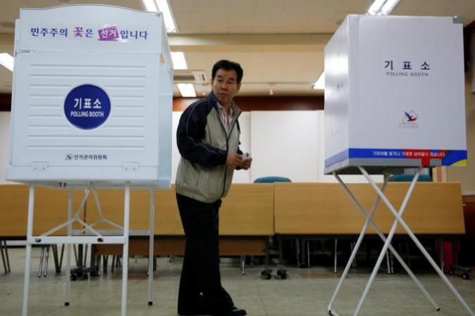 Corea del Sud, eletto presidente il candidato democratico Moon Jae-in