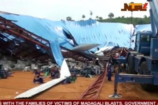 Nigeria, cede il tetto di una Chiesa: almeno 160 morti