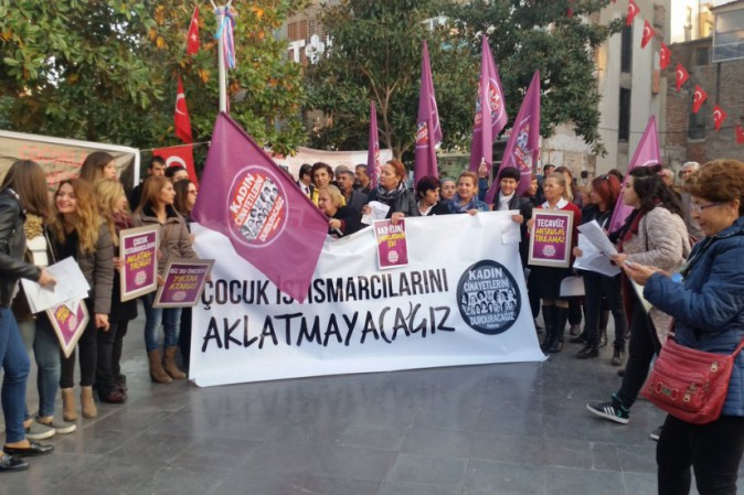 Spose bambine: la Turchia ritira la legge sui matrimoni riparatori