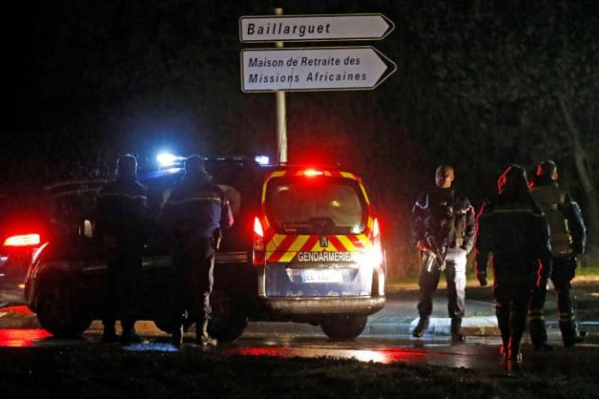 Francia, uomo uccide custode e prende in ostaggio 60 monaci