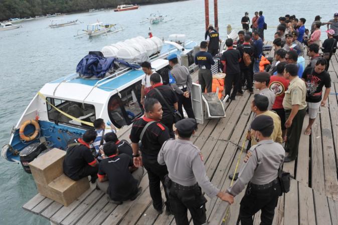Bali - Esplosione a bordo di un traghetto: 2 morti e 13 feriti