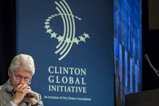 Perché la Fondazione Clinton è al centro di numerose polemiche