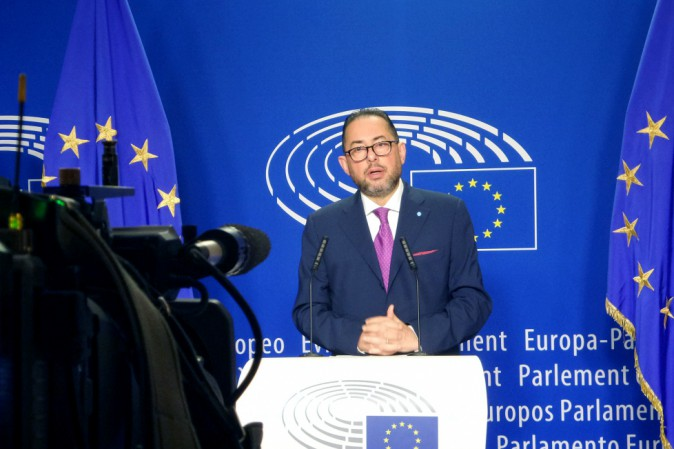 Gianni Pittella si candida alla presidenza del Parlamento europeo