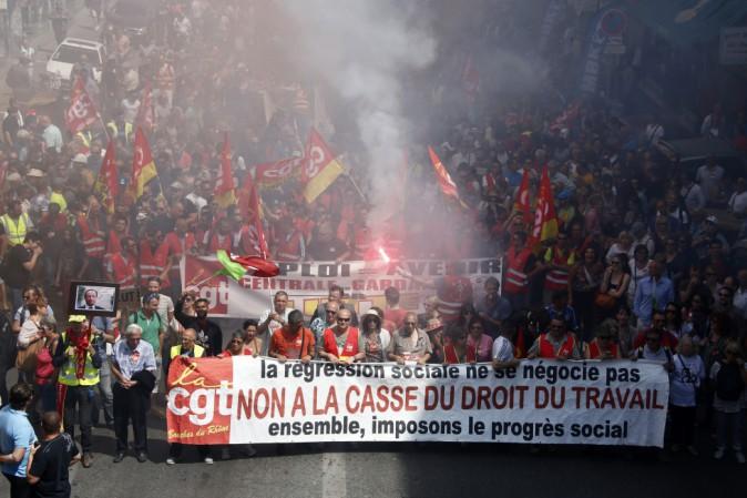Il governo francese vieta la manifestazione prevista per giovedì a Parigi