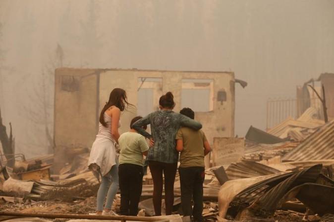 Le impressionanti immagini del più grande incendio della storia del Cile