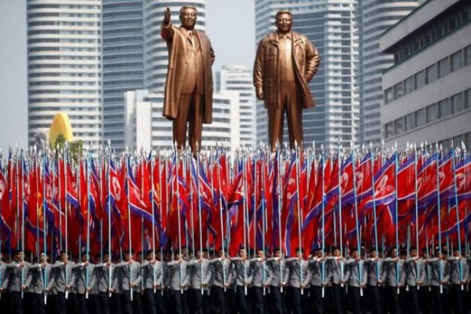 Usa, Pence: risposta devastante a qualsiasi attacco nordcoreano