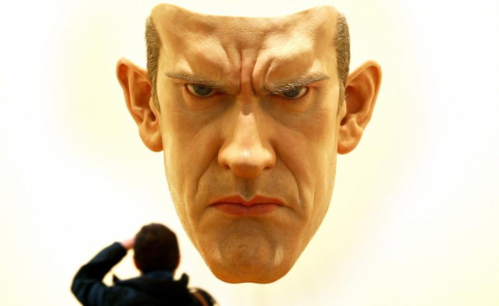 Ron Mueck, Mask, resina, siliconi, vetroresina, Saatchi Gallery in London, 2003