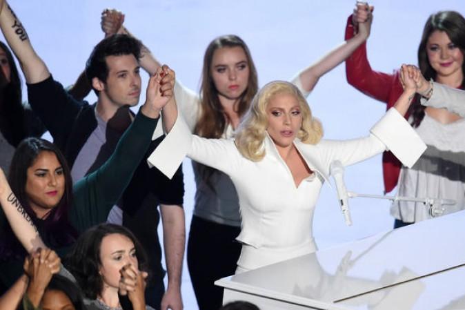 Elton John: duetto con Lady Gaga
