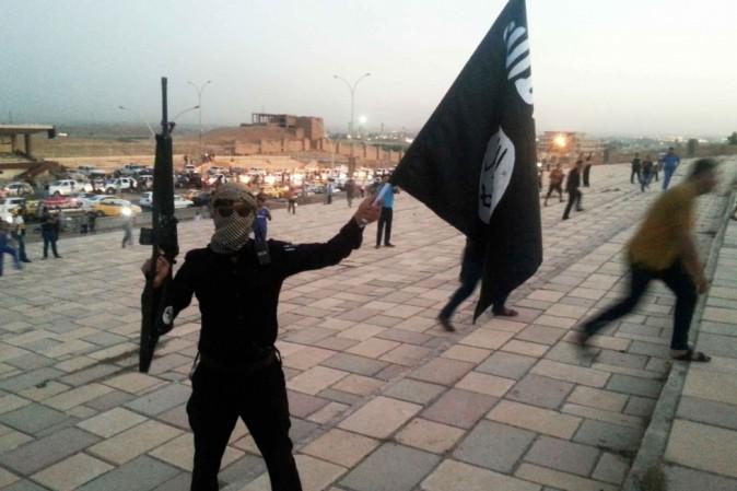 Egitto: uccisi due cristiani. L'Is: i copti,