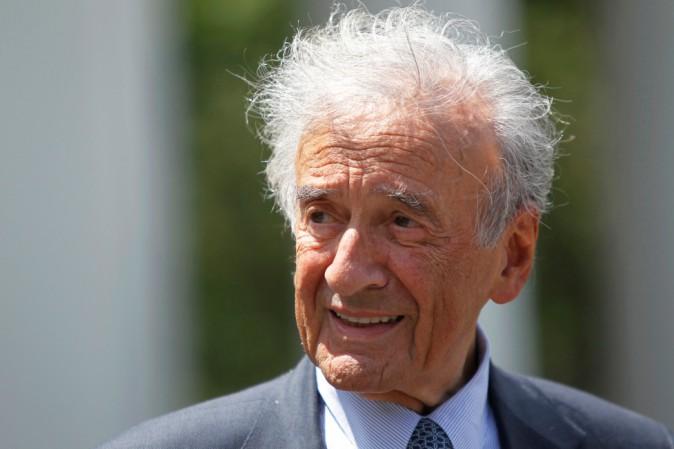 Morto Elie Wiesel, sopravvissuto alla Shoah e premio Nobel per la Pace