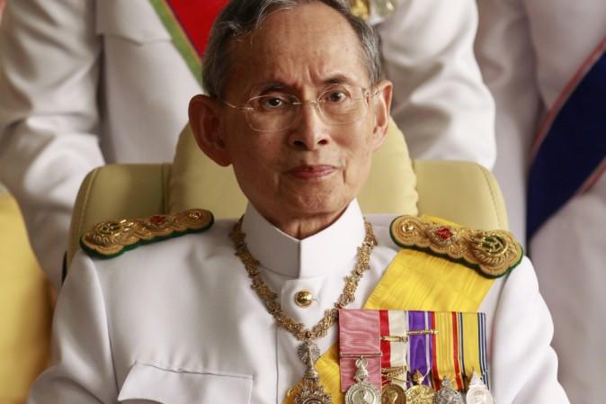 È morto il re della Thailandia