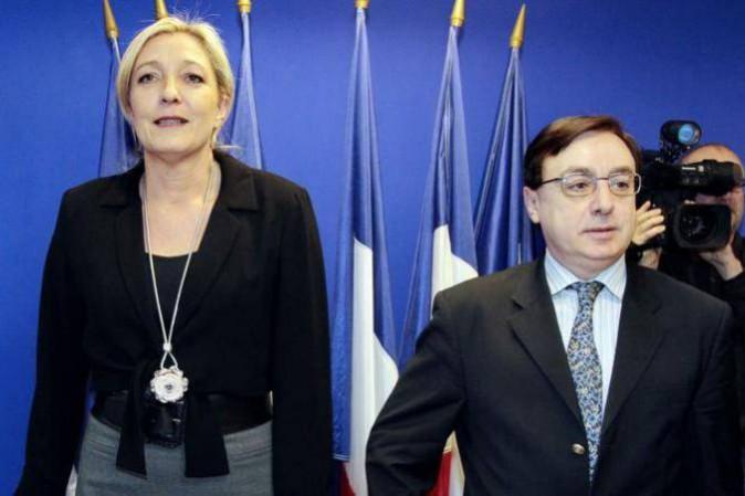Il nuovo presidente ad interim del Front National ha rinunciato all'incarico
