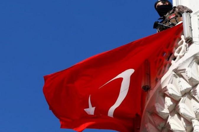Altri ottomila statali sono stati licenziati in Turchia