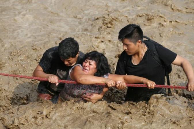Emergenza inondazioni in Perù, polemiche sul presidente