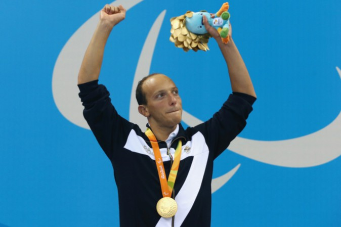 Paralimpiadi, Federico Morlacchi conquista il primo oro