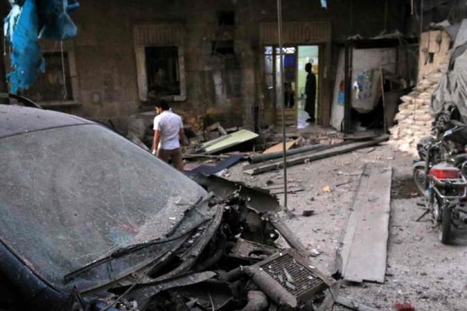 Siria, bombe su due ospedali ad Aleppo: 17 morti