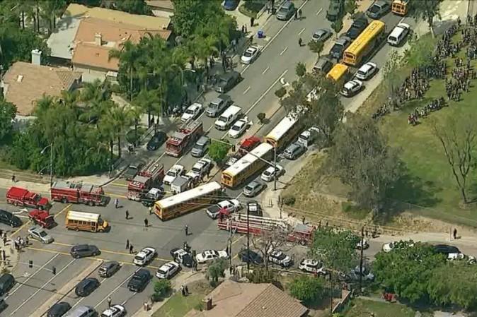 Sparatoria in scuola elementare a San Bernardino, due morti