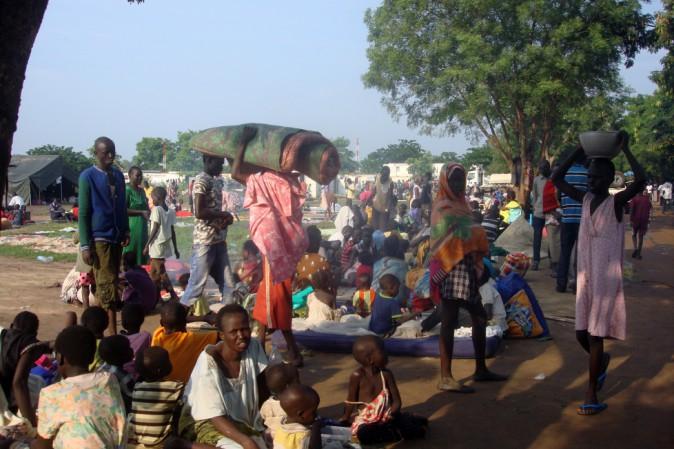Sud Sudan, continuano gli scontri e le esplosioni 300 morti. Rischio genocidio