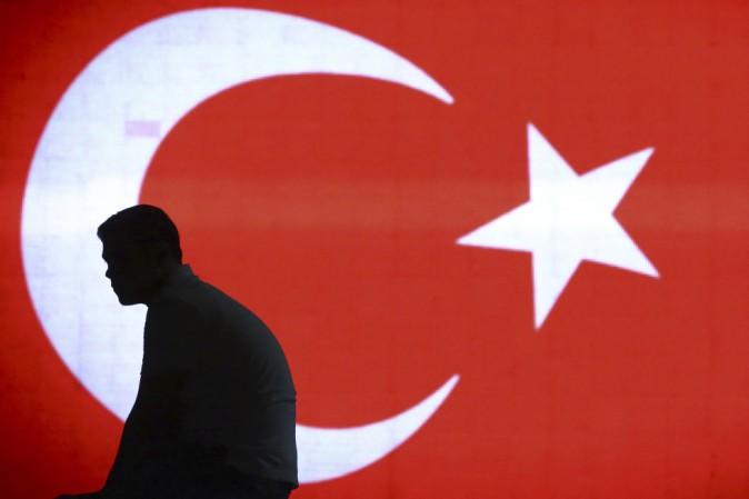 Turchia, quasi 3.000 soldati arrestati all'indomani del golpe